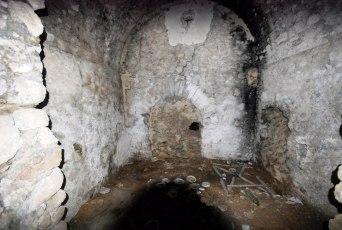 Grancelsa, interno di una cisterna.